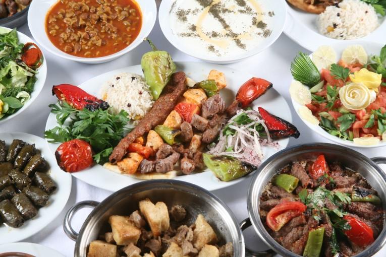 مطعم التنور باشاك شهير