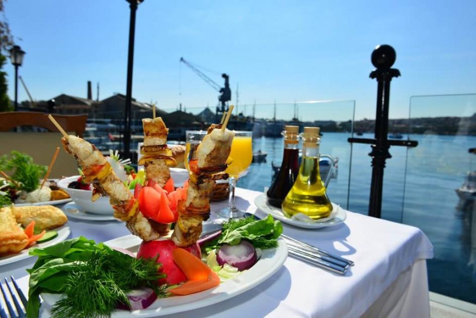 مطعم القدس باشاك شهير